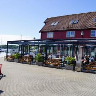 Referat fra Bailliage de Sørlandets L`Ordre Mondial arrangement på Beddingen Restaurant i Lillesand.